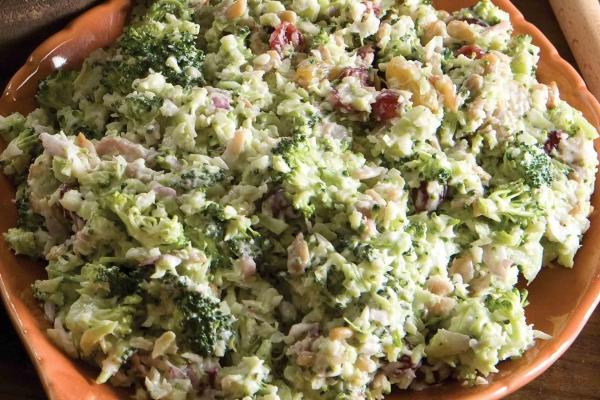Broccoli Bacon Coleslaw