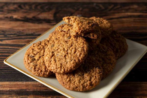Oatmeal Walnut Chocolate Chip Cookies