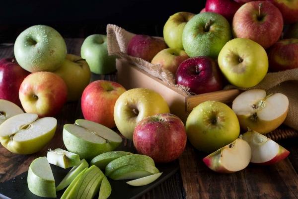 All Varieties of Organic Apples