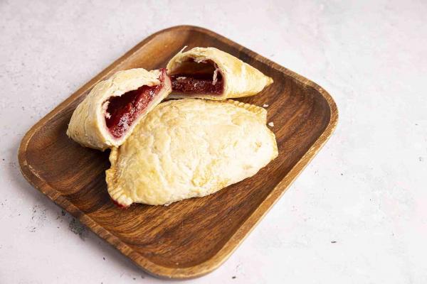 Cherry Hand Pie, 2-Count