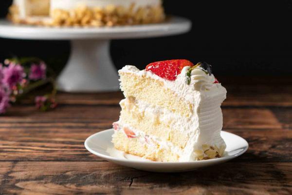 Fruit Basket Cake Slice