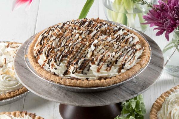 Turtle Cream Pie